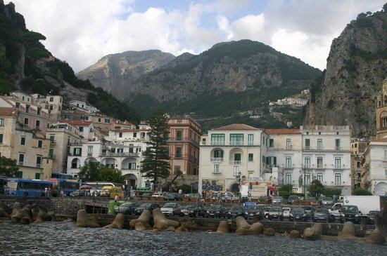 Capri Boats : The town of Amalfi from the water