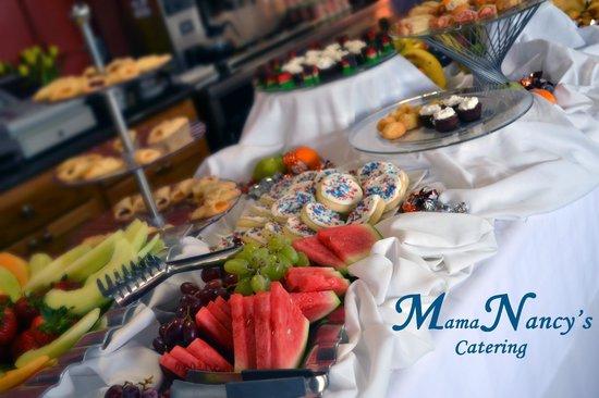 Mama Nancy's Restaurant: Easter Buffet