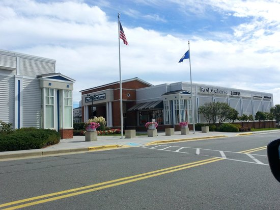 Leesburg Corner Premium Outlets: Just one of the stores