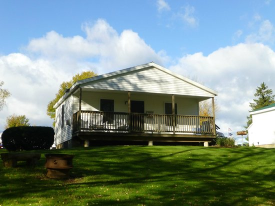 Cabin Picture Of River 39 S Edge Cottages Rv Park