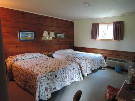 Wiscasset Motor Lodge : Inside the Room
