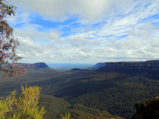 Life's An Adventure : Blue Mountains under my eyes
