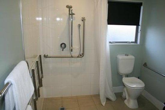 Aveda Motor Lodge: Studio bathroom