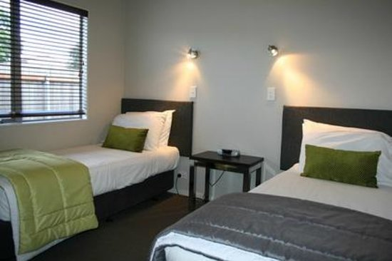 Aveda Motor Lodge: Two bedroom apartment