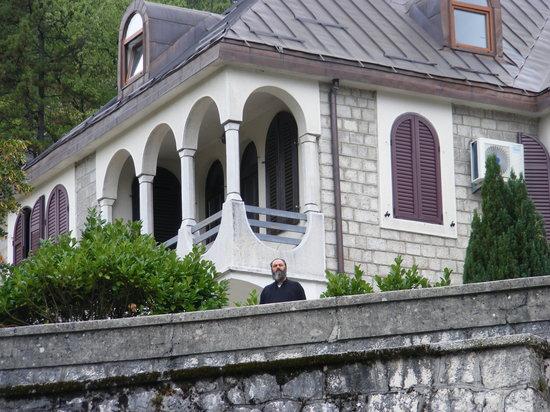 SENTIDO Tara : Cetinje ville présidentielle (excursion à réserver dans l'hotel c'est moins cher)