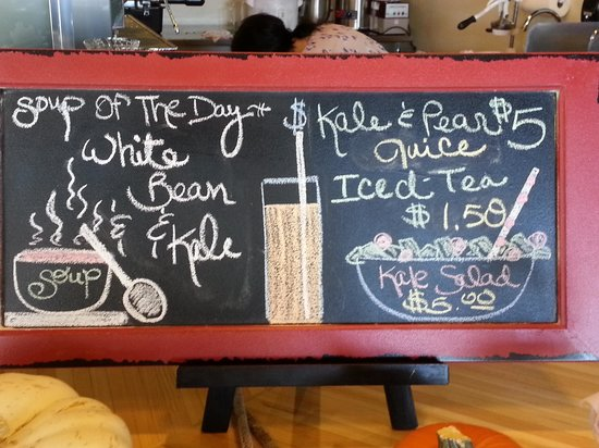 The Cutting Board Bakery and Cafe: Daily soup and juice specials