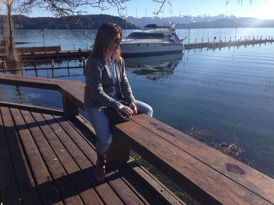 El Casco Art Hotel: Despues del desayuno, nada mejor que la paz del lago