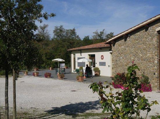 Agriturismo La Crociona: main house