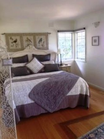 Dalblair Bed and Breakfast: Garden Suite King bed