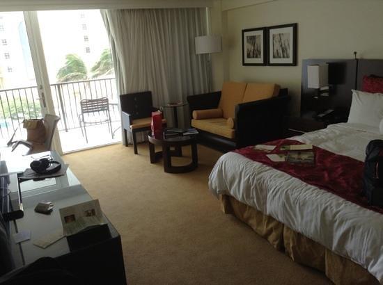 Aruba Marriott Resort & Stellaris Casino: room