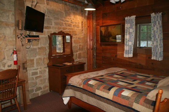 Stone Mill Hotel & Suites: Mill Room