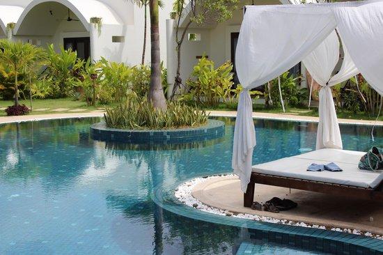 Navutu Dreams Resort & Wellness Retreat: pool area looking towards the rooms