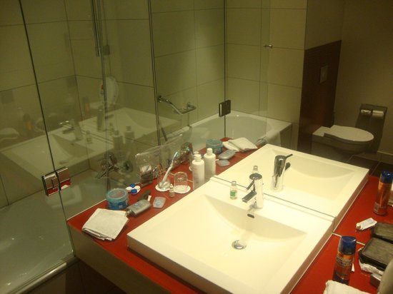 Park Inn by Radisson Krakow : banheiro