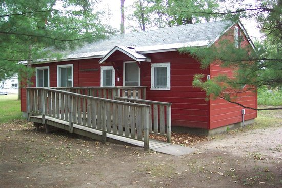 Northwoods Cabins : Cabin 8