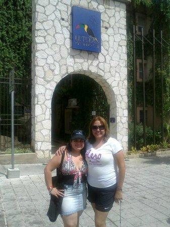 Hotel El Tukan: Con mi gran amiga y hermana Veronica y Helem