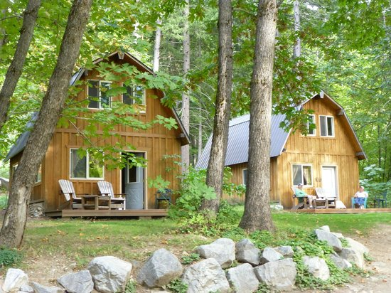 Stehekin Valley Ranch: Cabins with baths