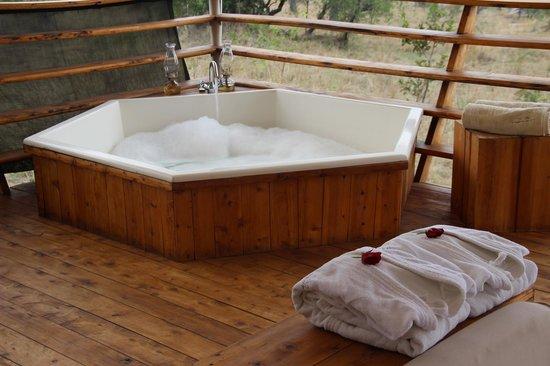 Serengeti Bushtops Camp: Post-Safari relaxation
