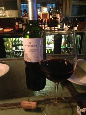 Huisache Grill and Wine Bar: Amazing wines!