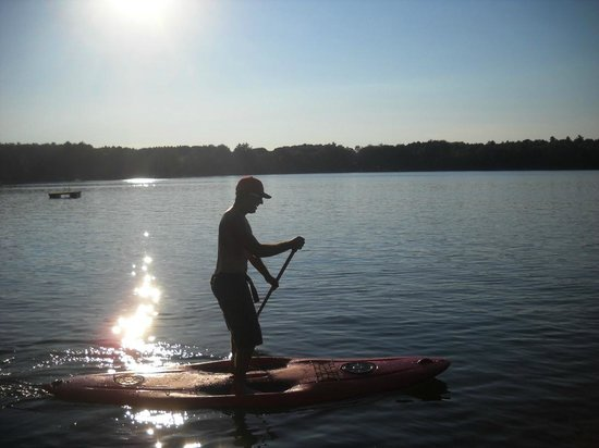 Cedaroma Lodge: Stand Up Paddle Board arrived at Cedaroma and are free for guests