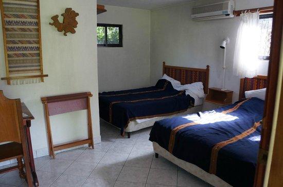 La Casa De Don David: Room