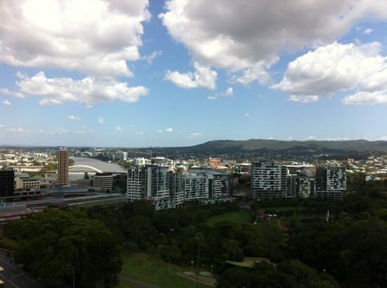 Grand Chancellor Brisbane: 露台景觀開揚,還對著漂亮的羅馬大街公園