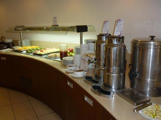 Minos Mare Hotel : ontbijt