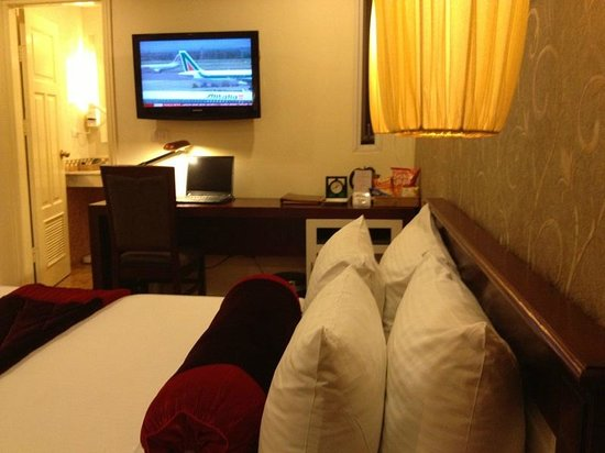 Hanoi Art Boutique Hotel: Deluxe room