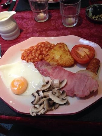 Abberley Guest House: breakfast