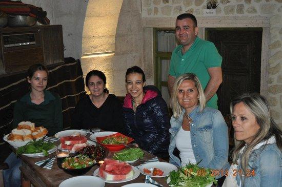 Sinasos Palace Cave Hotel: oda/süit