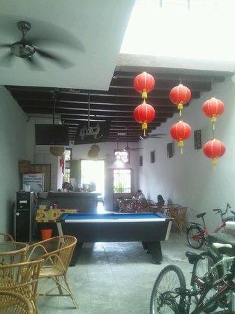 Guest Inn Muntri: Share space