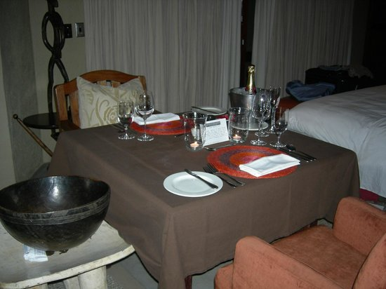 Dulini River Lodge: Private dinner for two