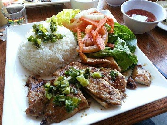 Butterfly Belly Asian Cuisine: Lemon Grass Grill Chicken