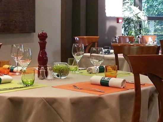 La Poularde: Le restaurant