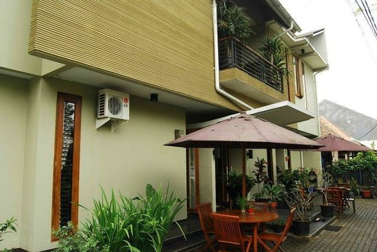 Buminanienie Family Guest House: Tempat parkir