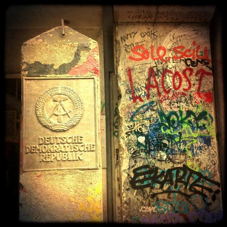 Checkpoint Charlie: beside the museum