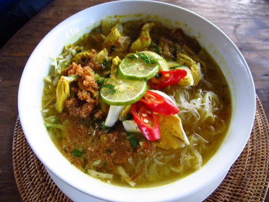 Bali Mountain Retreat: Soto Ayam
