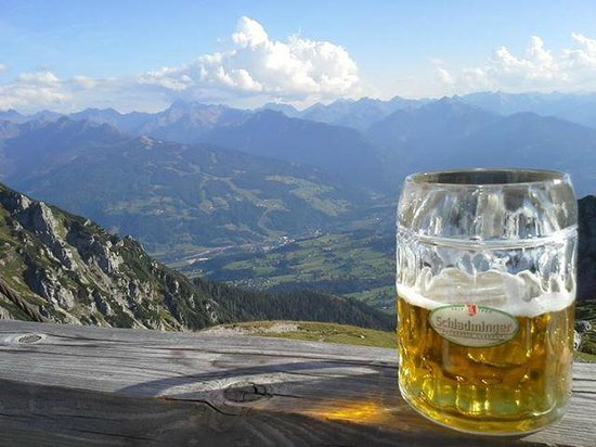 Pension Haus Maria: View from the terasse of Gutenberghouse - beer is optional