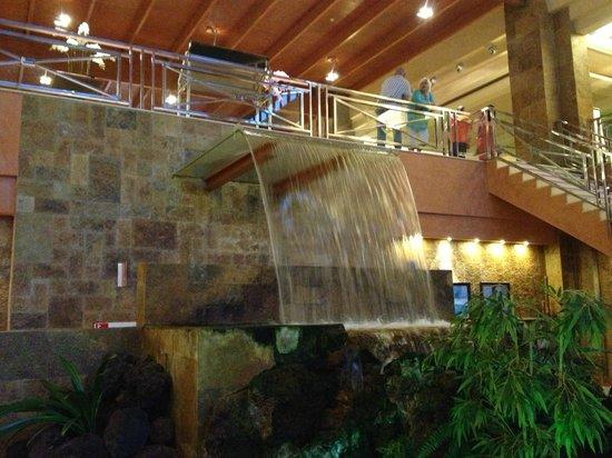 Hotel Elba Sara : Indoor Waterfall