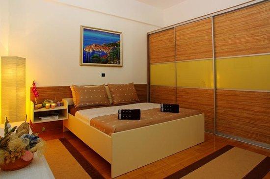 Zlatni Rat Beach Hotel