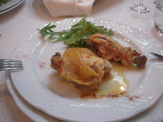 Agriturismo Villa Santa Caterina: メインの鶏のロースト