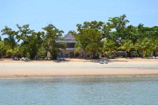 VOI Amarina resort: camera vista dal mare