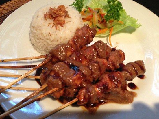 Sammy's: Delicious tasting Satay