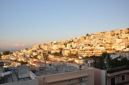 Mistral Hotel Piraeus: zicht vanuit kamer 3de verdieping