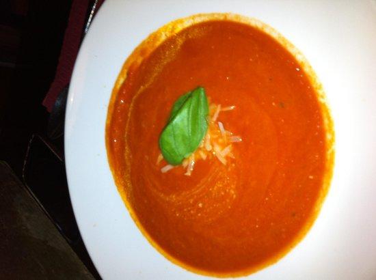 La Osteria: Tomatensuppe die den Namen verdient