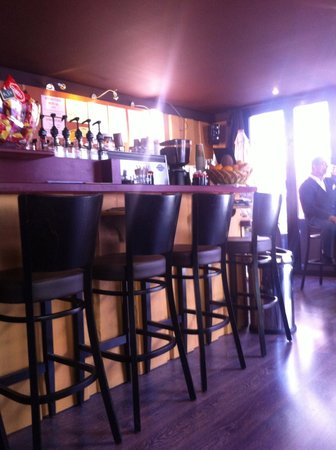 French Coffee Shop : Interior