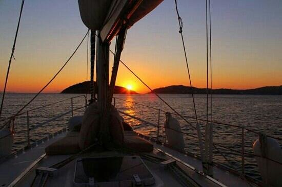 Sail the Day - Skiathos Sailing Trips : the ending of a beatiful sailing trip