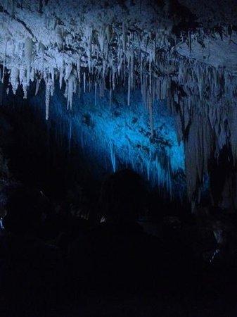 Jewel Cave: ��