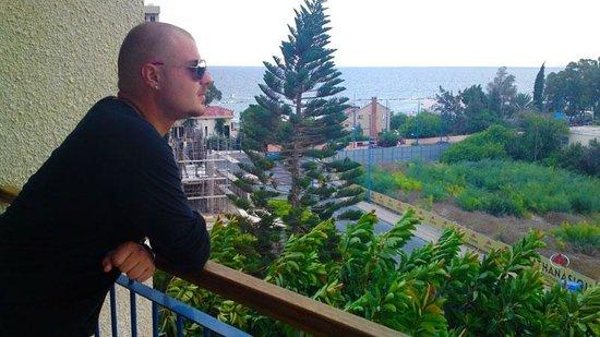 Caravel Hotel: Balcony View