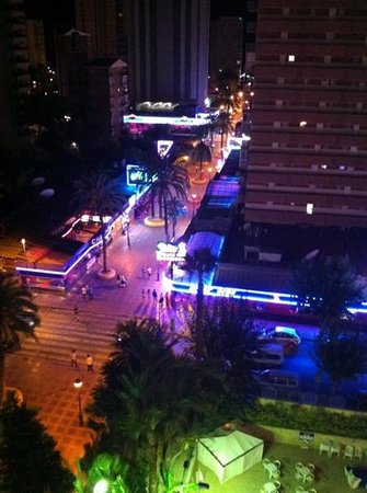 Servigroup Orange Hotel: night time view from room 828