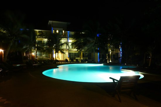 Cocohut Village Beach Resort & Spa: Swimming pool